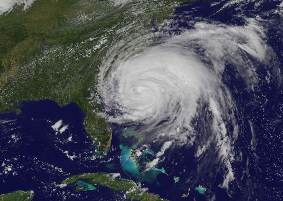Ο τυφώνας Irene  ενώ πλησιάζει στην Αμερική