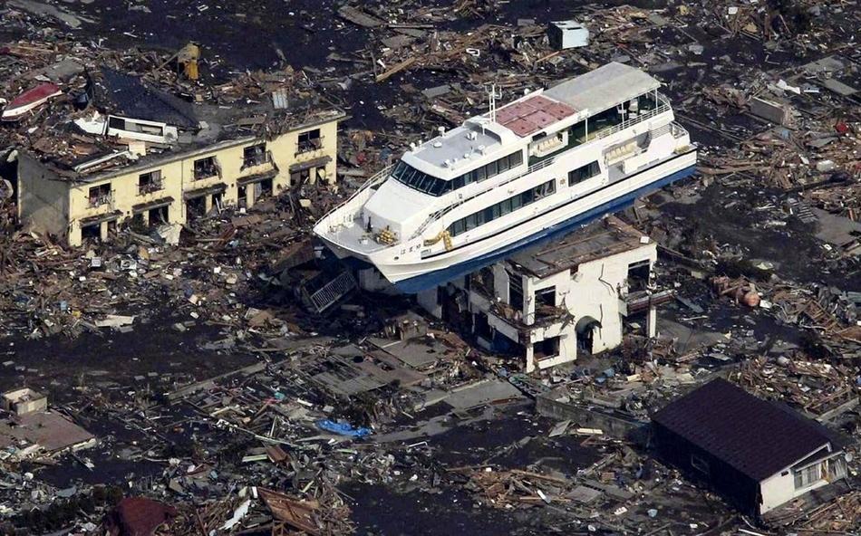 Μετά το τσουνάμι στην Ιαπωνία