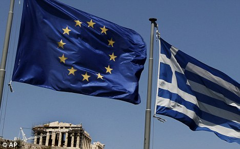 IMF-warns-the-Eurozone-of-£400bn-global-earthquake-and-urges-them-to-rescue-Greece
