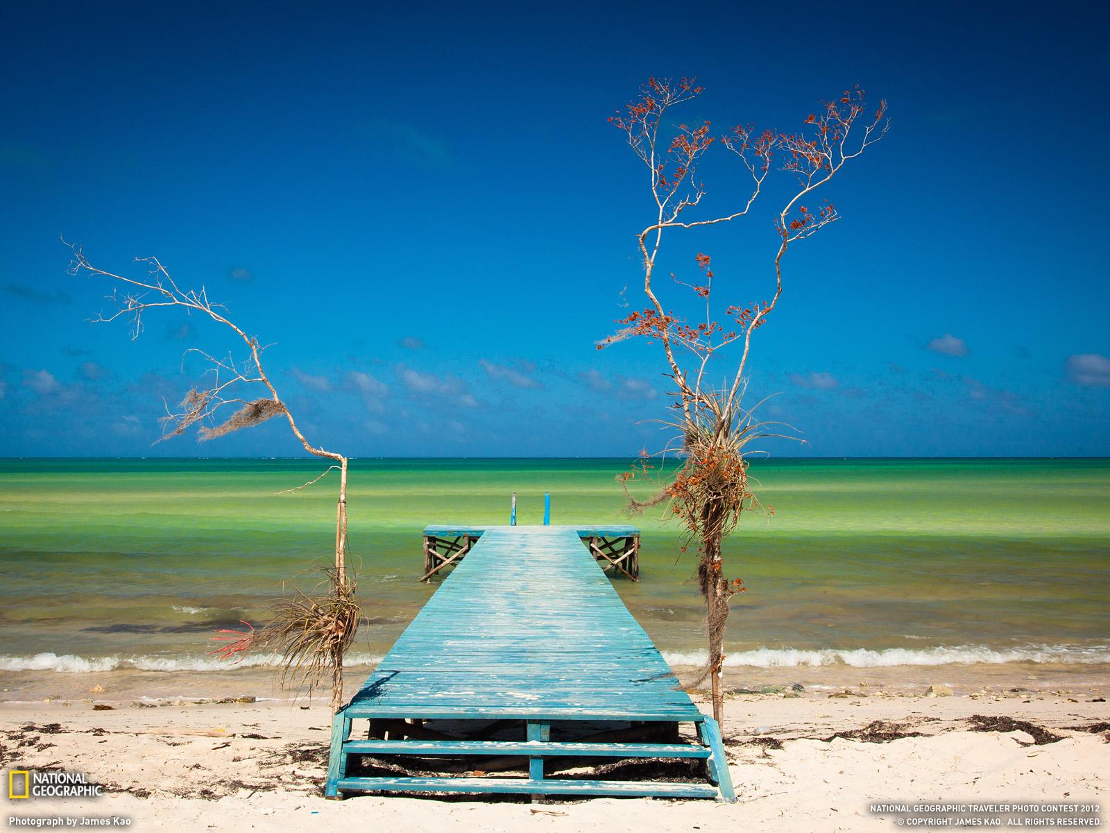 Η βόρεια ακτή της Κούβας έχει μερικές από τις πιο εντυπωσιακές παραλίες στα εκατοντάδες μικρά νησιά που ονομάζονται Cayos. Αυτή η προκυμαία είναι στο Playa Flamenco.