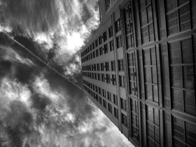 falling-from-building