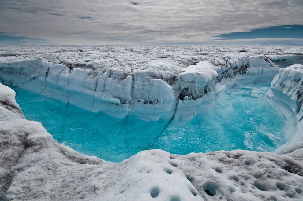 Γροιλανδία, οι επιστήμονες ανησυχούν για την τήξη των πάγων .