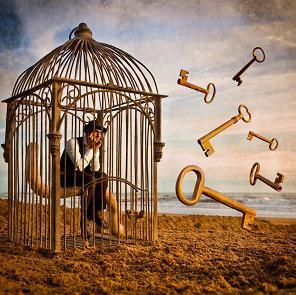 Ν. Καζαντζάκης – Απιθώνει στους ώμους μας επικίνδυνο, δυσκολοεκτέλεστο χρέος.