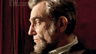 first-official-image-of-daniel-day-lewis-as-abraham-lincoln-110525-00-470-75