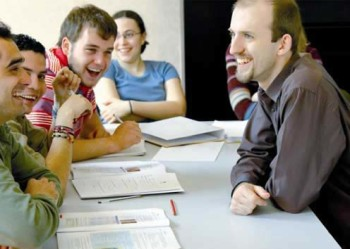 03-edinburgh-student and teacher laughing_tcm7-15007