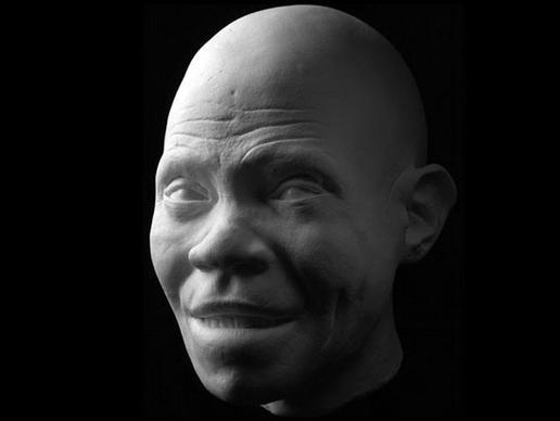 Homo sapiens: Βρέθηκε σε μια σπηλιά στο Ισραήλ το 1969. Αυτή η νεαρή γυναίκα Sapien Homo έζησε πριν περίπου 100.000 έως 90.000 χρόνια . Τα οστά της δείχνουν ότι ήταν περίπου 20 ετών.