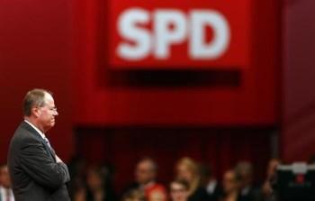 2013-04-17T082431Z_1_CBRE93G0NCY00_RTROPTP_2_CNEWS-US-GERMANY-POLITICS-POLL