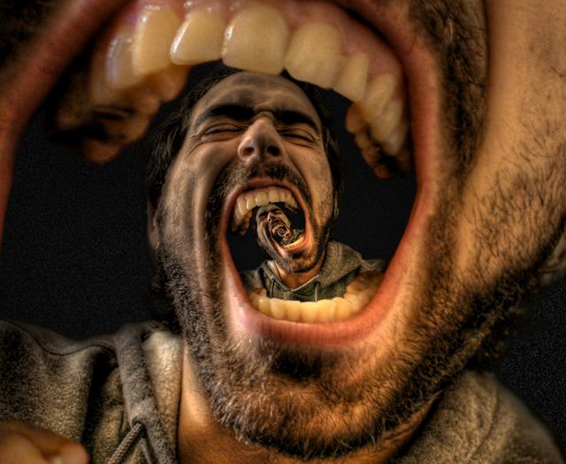 surreal-echo-yodz-life-scream