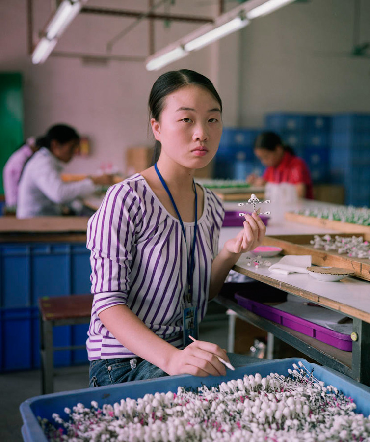 12-toy-factory-portraits