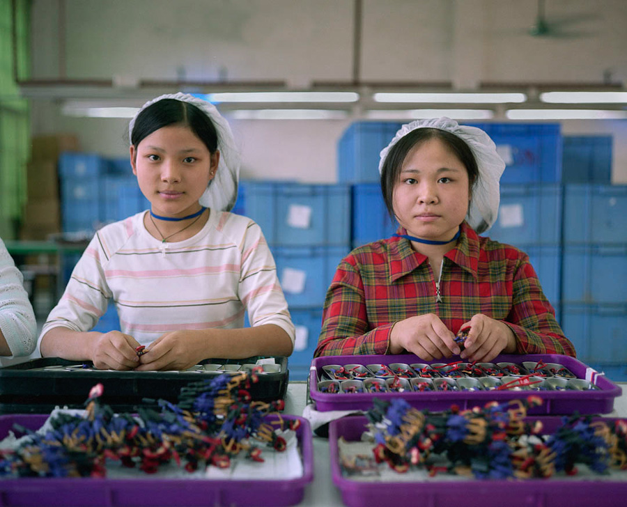 16-toy-factory-portraits