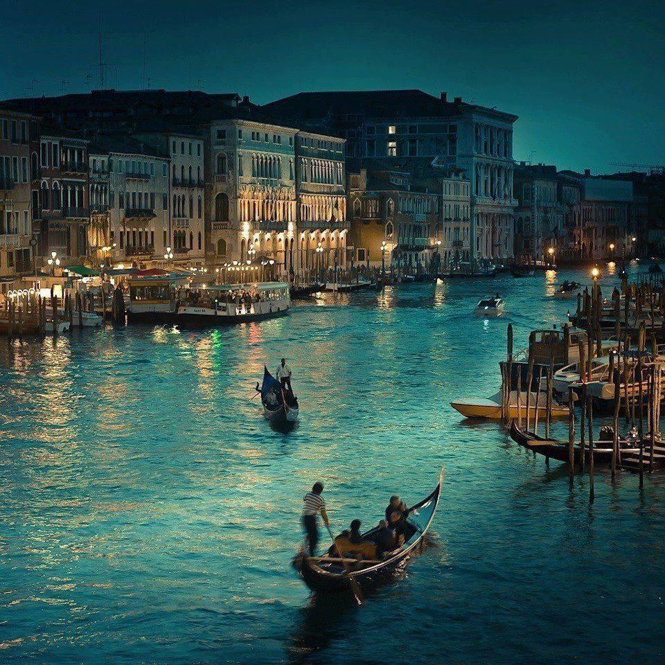 Η Βενετία τη νύχτα
