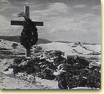 1957, 6 Νοεμβρίου. Ο τάφος του Νίκου Καζαντζάκη στον προμαχώνα Martinego του ενετικού τείχους του Ηρακλείου