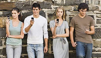 Best-facebook-and-twitter-phones1