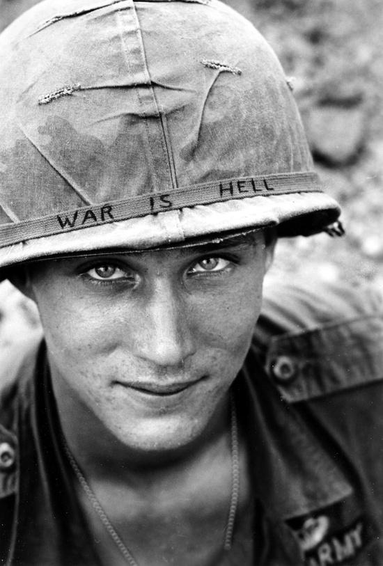 Άγνωστος στρατιώτης, Βιετνάμ, 1965.