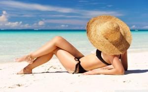 sunbathing_on_the_beach-wallpaper-960x600-300x187