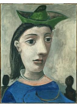 Donna Con Capello Verde