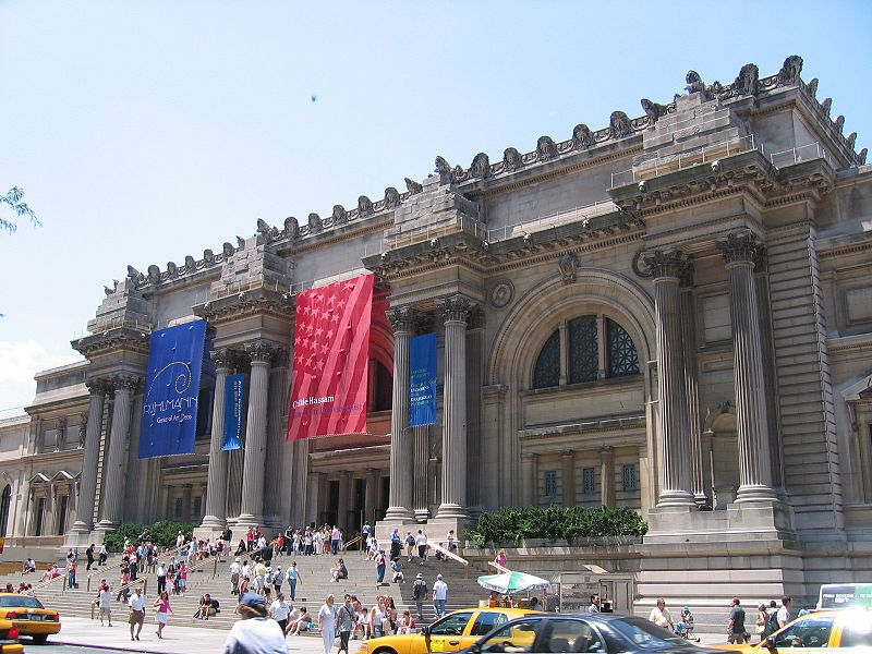 Metropolitan_Museum_of_Art_at_New_York