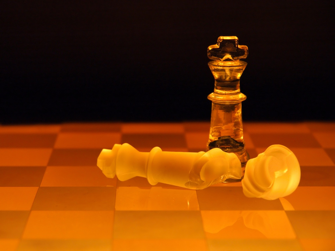 glass-chess-piece-wallpapers