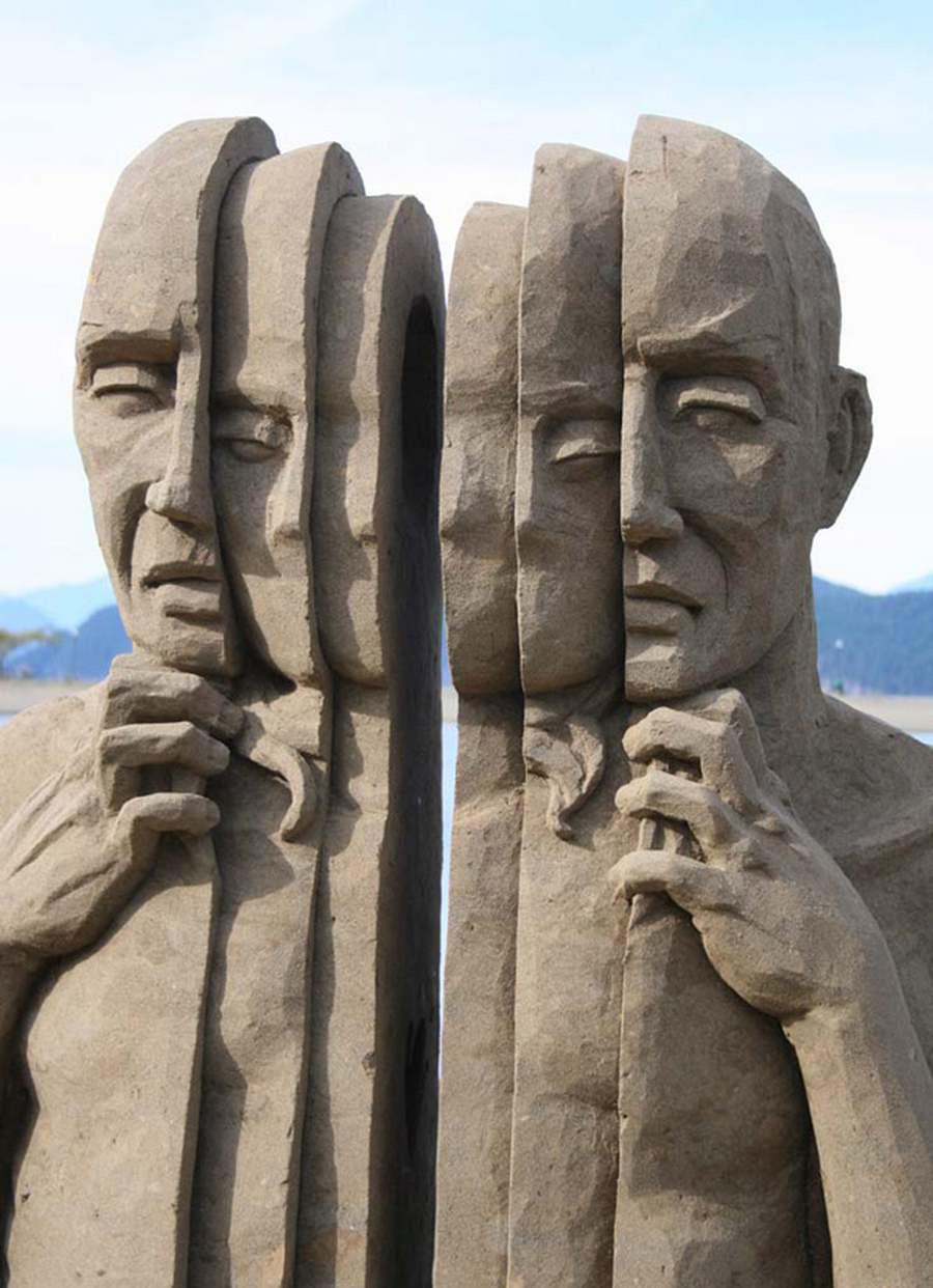 Εντυπωσιακό  έργο τέχνης από άμμο, του Carl Jara