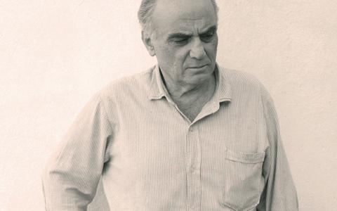 «Οι ιδεολογίες έχουν πεθάνει εδώ και δεκαετίες. Αντίθετα δεν έχουν πεθάνει οι μύθοι, οι μεγάλοι μύθοι» λέει ο Ελληνας στοχαστής.