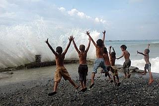 celebes-sea-surf