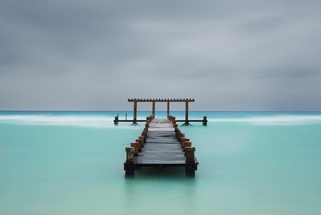 Αποβάθρα στον 'παράδεισο'. Playa del Carmen, Quintana Roo, Μεξικό. (@ Iuri Criventov)