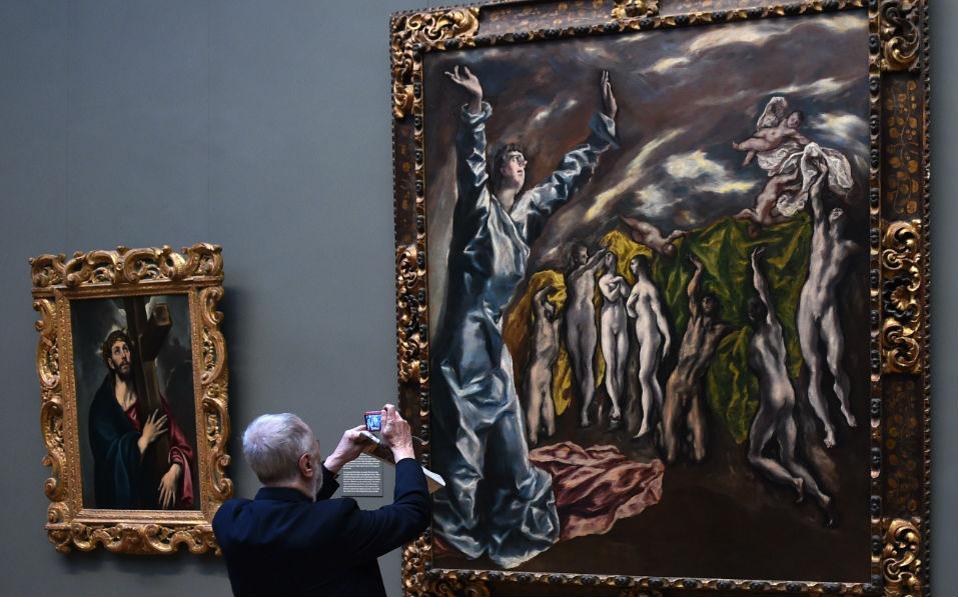 Ένας Έλληνας στην Νέα Υόρκη. Με αφορμή την συμπλήρωση των 400 χρόνων από τον θάνατο του φημισμένου Έλληνα ζωγράφου, του Δομίνικου Θεοτοκόπουλου, το Metropolitan Museum of Art, εγκαινιάζει μια έκθεση αφιερωμένη σε αυτόν, με τίτλο «El Greco in New York». AFP PHOTO/Don Emmert