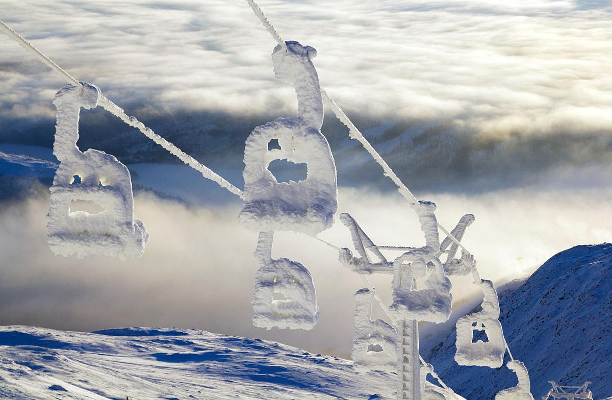 Λιφτ σε χιονοδρομικό κέντρο της Σουηδίας (@ Anders Carlsson).