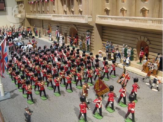 78Scots_Guards_at_Buckingham_Palace