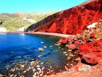 Red-Beach-Santorini-Greece-s