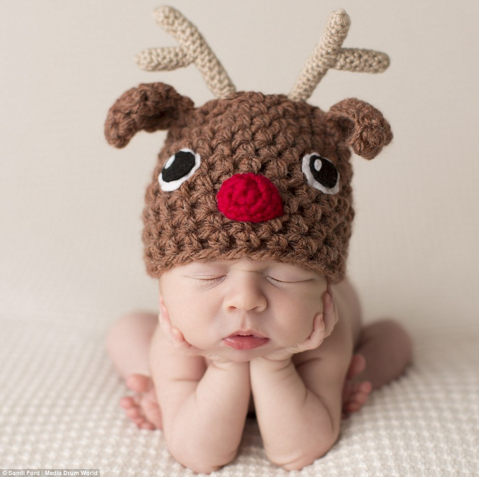 Rudolph_Christmas_hat