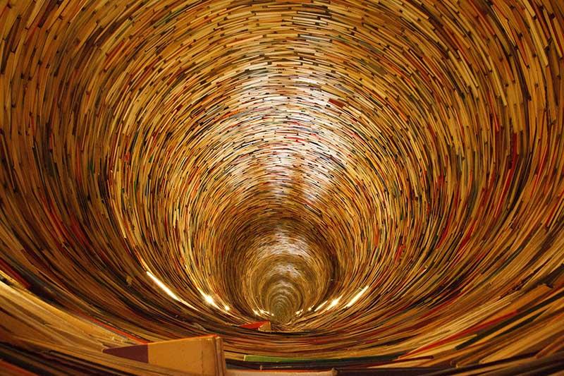 book_tunnel_192352_800