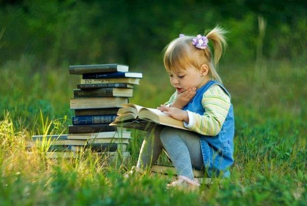 kid-reading-995002_790730897611103_1619945644_n_4