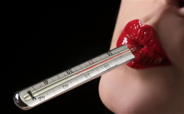 women lips thermometer