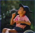 13 πράγματα που μου είναι δύσκολα να παραδεχτώ ως γονέας παιδιού με αναπηρία