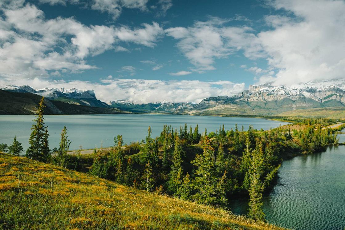 Το πάρκο Jasper, ένα από τα μεγαλύτερα πάρκα του Καναδά.