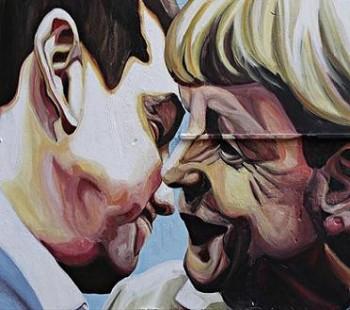 gkrafiti-tsipras-merkel