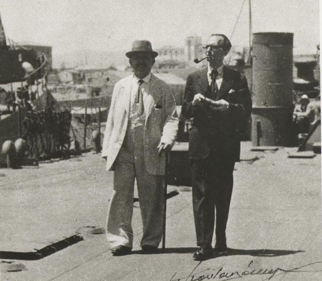 (1945 - Ο Νίκος Καζαντζάκης και ο Ιωάννης Καλιτσουνάκης περιοδεύουν στην Κρήτη)