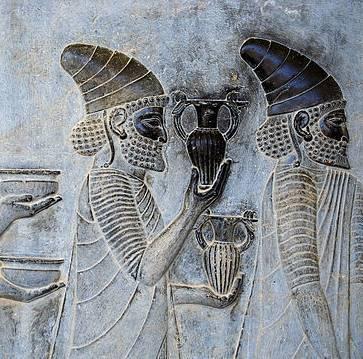 Persepolis_stairs_of_the_Apadana_relief