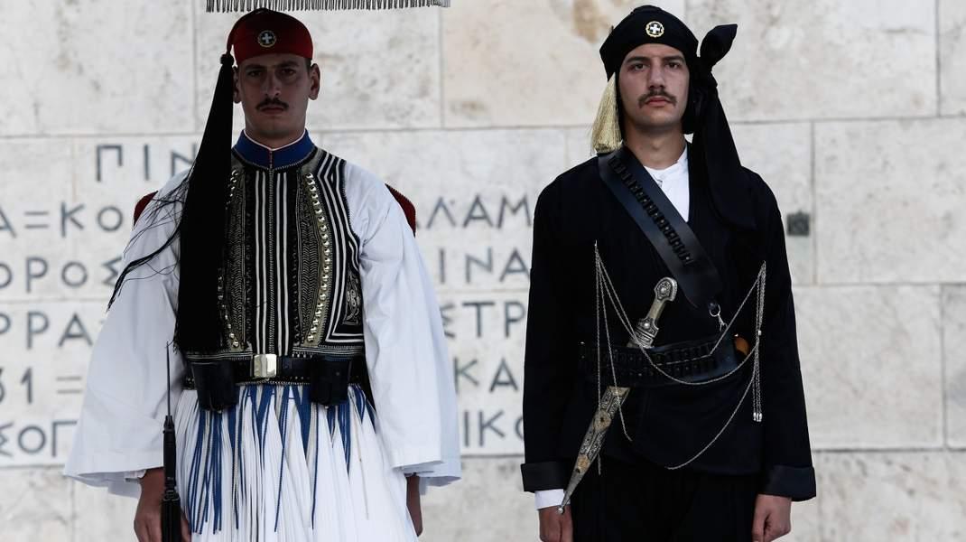 Tιμητική αλλαγή φρουράς εις μνήμη των θυμάτων της Γενοκτονίας των Ποντίων. @ Alexandros Michailidis