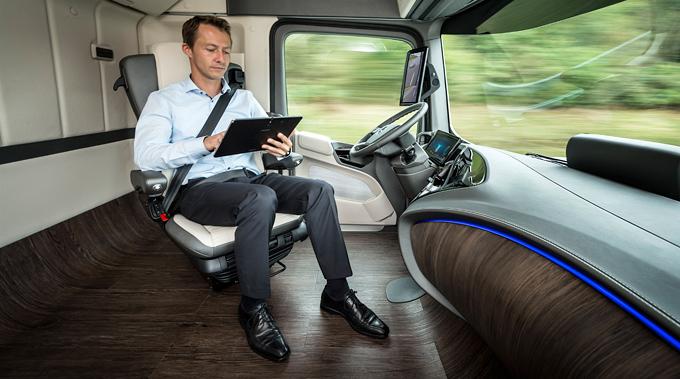 06-Mercedes-Benz-Autonomous-Truck-Logistic-Future-Truck-2025-680x3791