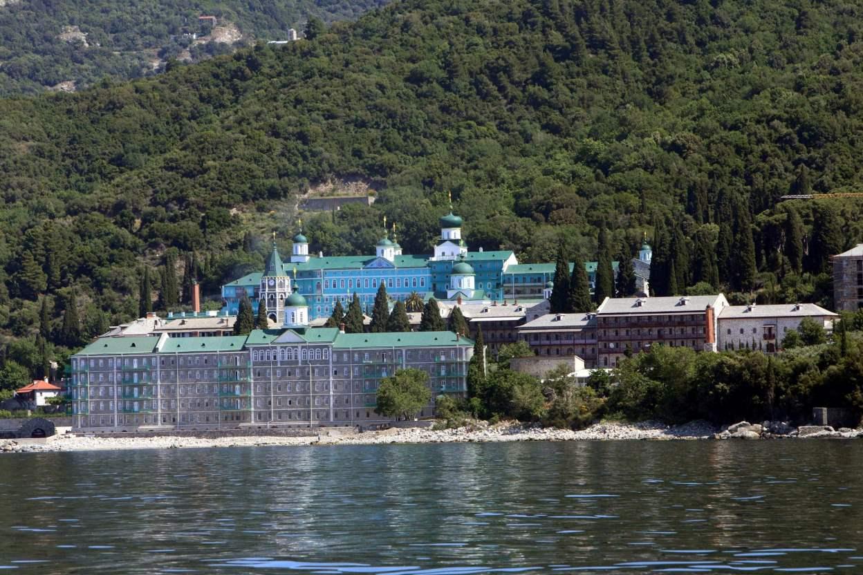 Το Αγιο Ορος βρέθηκε στο επίκεντρο χάρη στην επίσκεψη του Βλαντιμίρ Πούτιν @ΒΑΣΙΛΗΣ ΒΕΡΒΕΡΙΔΗΣ
