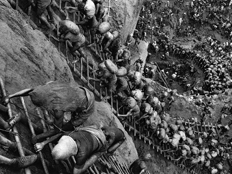 Λόγω της χρήσης του υδραργύρου κατά τη διαδικασία εξόρυξης του χρυσού μεγάλες περιοχές γύρω από το ορυχείο ήταν μολυσμένες επικίνδυνα.