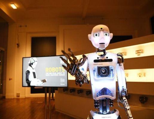Το blog όλον μας! Robot-hello