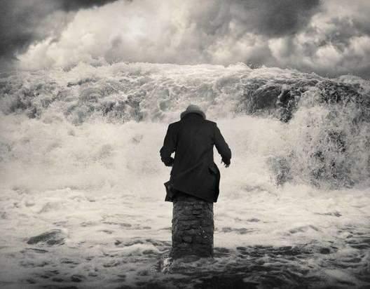 15 Αποσπάσματα της αβάσταχτης ελαφρότητας του είναι - Μίλαν Κούντερα